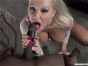 sloppy ash-blonde stunner deep-throats knocker milks pulverizes huge ebony bone