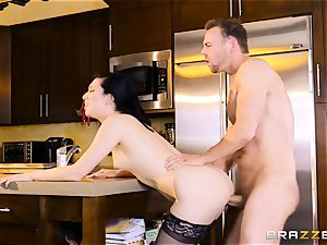 Aria Alexander ravages her husbands buddy