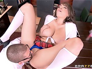 Nerdy dude fucks college ultra-cutie Cassidy Banks