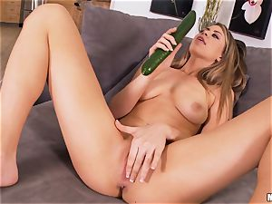 horny babe Delilah Blue likes her Fruit and veg