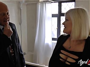AgedLovE Lacey Starr porked rock hard with Sales Agent