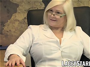 LACEYSTARR - GILF gobbles Pascal white cum after hookup