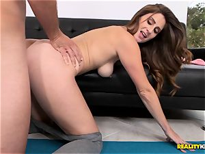Yoga babe Jane Madison tries out her new moves