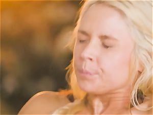 milf Sarah Vandella entices super-steamy babe Jojo kiss