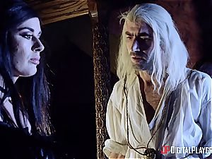 Danny D fools around as Geralt and bangs black-haired babe