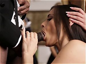 French honey learns to appreciate man meat with her gullet