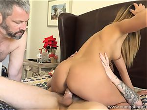 Jaye Summers hubby Does What She Wants To sate Her