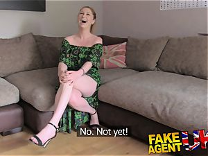 FakeAgentUK finger romping donk licking and jism sopping