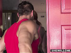 SheWillCheat - sizzling curvaceous wifey smashing intimate Trainer
