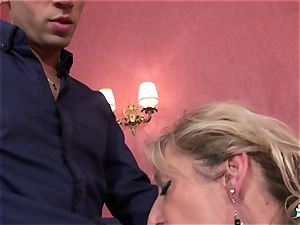 LaCochonne - Mature French Marina Beaulieu pulverized firm