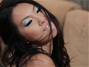 Asa Akira and Jessica Drake crazy three way fuckin'