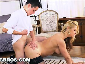 BANGBROS - cougar Sarah Vandella humps Her schoolgirl