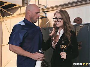buxomy news reporter Lena Paul poked in the locker apartment