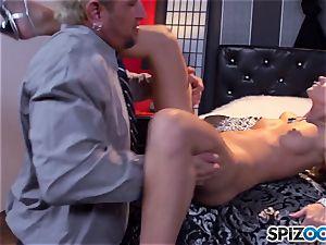 Jessa Rhodes fleshy taut pussy is boinked by a gigantic manhood