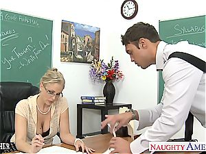 super-naughty Julia Ann is super-naughty for trunk after class