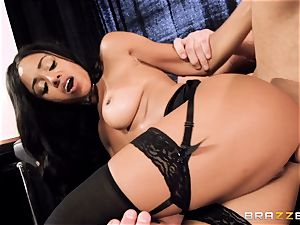 spectacular stunner Anya Ivy pummeled pouch deep on her tryst