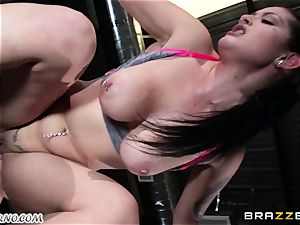 Dear coach Katrina Jade - You want to instruct my fuck-stick?
