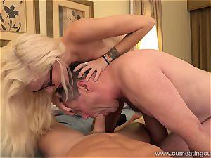 Halle Von and Her Cuck hubby Take Turns blowing weenie