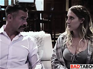 college woman CADENCE LUX struggles WITH beau