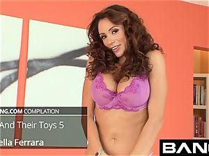 BANG.com Latinas with A gigantic sugary-sweet rump and A taut labia
