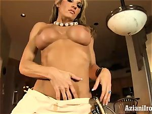 rock hard bodied Abby demonstrates off her rocking body
