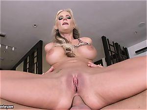 ass-fuck lover Phoenix Marie bounces her butt on a thick fuckpole