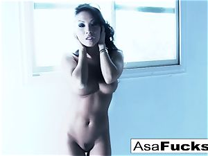 incredible Asa Akira plays with her snatch